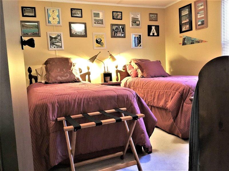 El dormitorio Primos. ¿Por qué el nombre? No sé. Debe ser gemelos ...