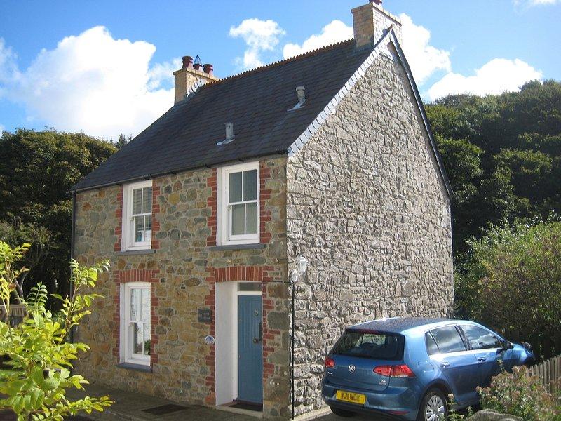 Grove Cottage está situado no final de uma rua tranquila, na parte inferior da aldeia.
