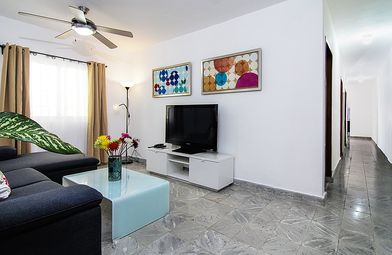 Lovely 3BR House at Park COLONIAL ZONE, vacation rental in Santo Domingo