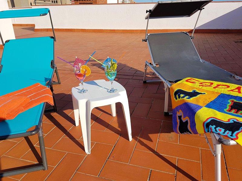 sunloungers réservés seulement pour nos clients.