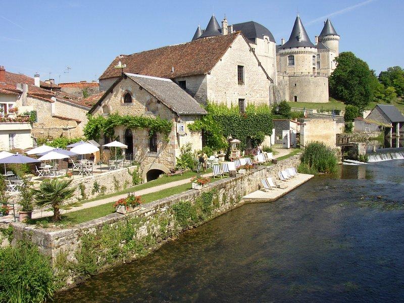 Moulin de Verteuil.Great food served here.