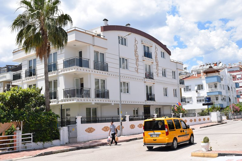 2+1 Apartment, vacation rental in Antalya