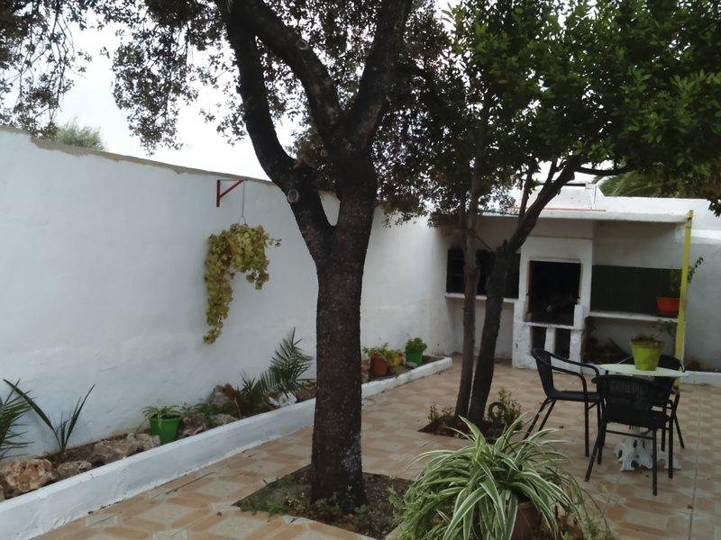 Casa rústica en Sax, holiday rental in Ibi