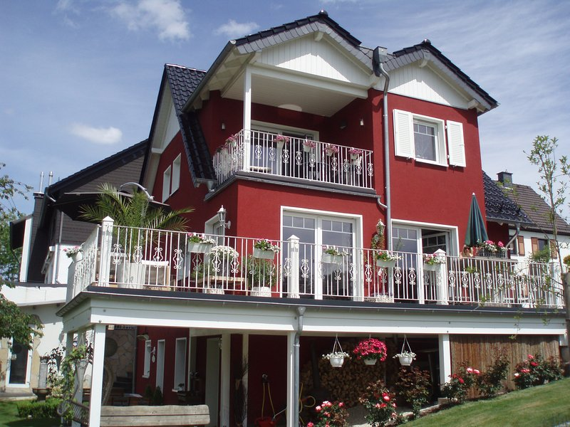 ***-Appartement Villa Silvi, holiday rental in Overath
