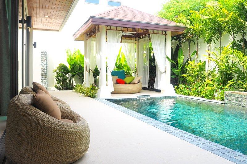 Rawai : New and beautiful villa close beach, casa vacanza a Ko He