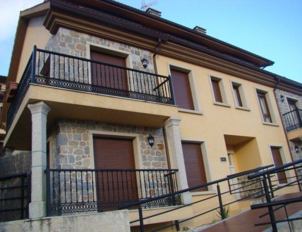 Apartamento a 100 metros de la playa de la Corna, holiday rental in Serans
