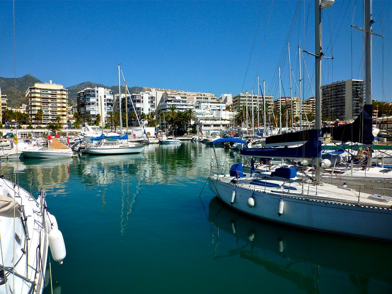 Leisure port, sports port