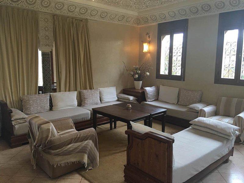Beach Side Cozy 2 Bedrooms Villa, location de vacances à Agadir