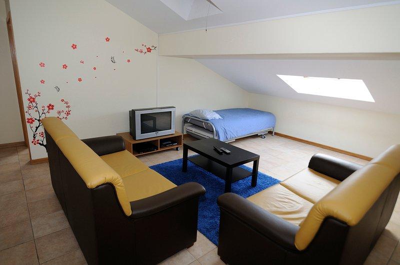 2 Bedroom Apartment in Torreira, Aveiro - Portugal, vacation rental in Estarreja