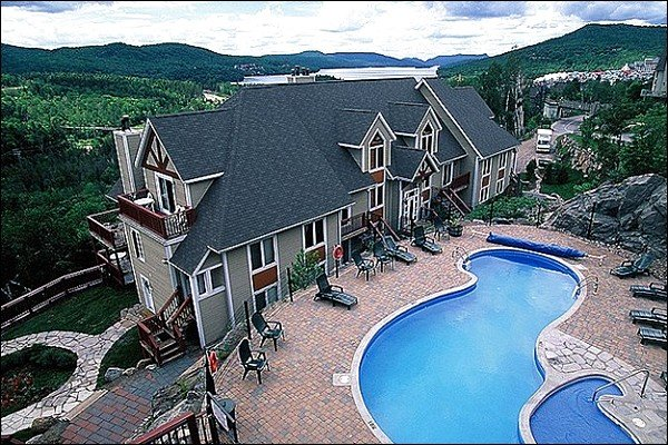 Aerial View of the Property Hot Tub and Pool