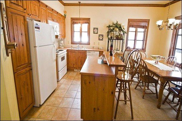 Cozinha moderna e totalmente equipada