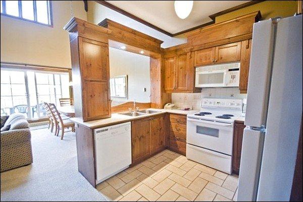 Limpie la cocina totalmente equipada