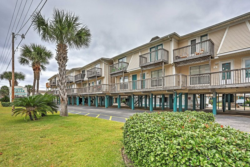 Book this fabulous Gulf Shores vacation rental condo for the ultimate Alabama getaway!