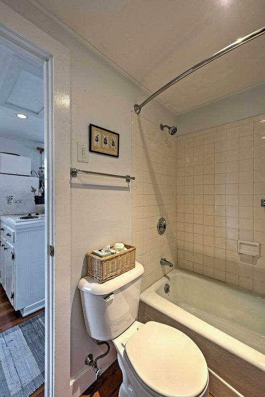 Waschen in der Dusche / Wanne-Combo auf.