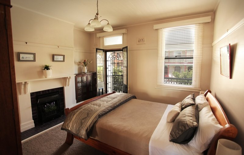 Newcastle Short Stay Apartments - Vista Apartment, vacation rental in Newcastle