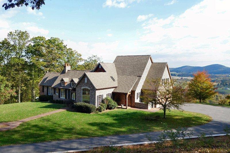 Propriedade de 50 acres privada em uma montanha com vistas deslumbrantes sobre o vale