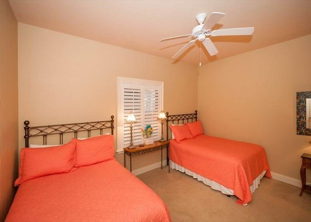 Guest Bedroom with Doubles