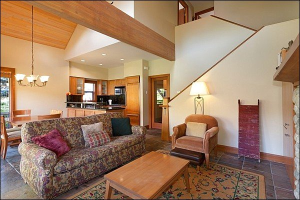 "<span class=""translation_missing"" title=""translation missing: en.shared.featured_properties.alt_for_rent, resort: Whistler"">Alt For Rent</span>"
