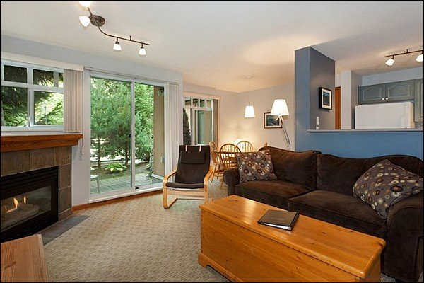 Beautiful Condo in Lovely Village North