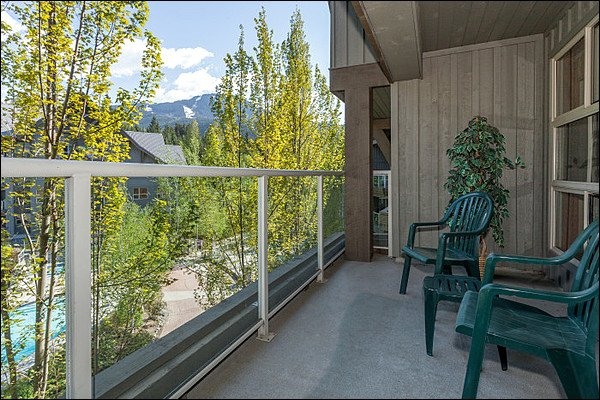 Photo of Ski in/Out - Outdoor Pool and Hot Tubs / 214917