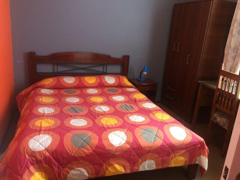 Arriendo habitaciones Hostal en Valparaíso, alquiler de vacaciones en Valparaiso