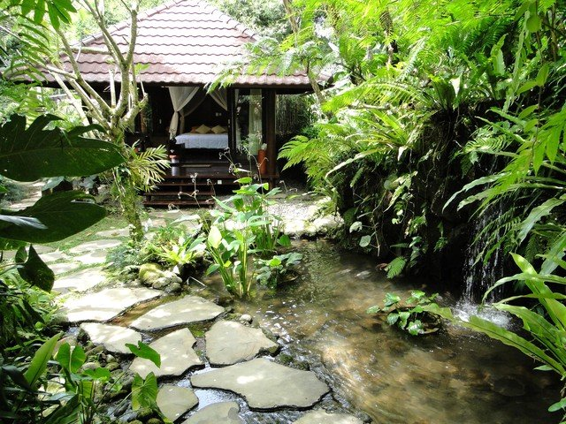 Heaven in Bali - White Orchid Room, holiday rental in Bangli