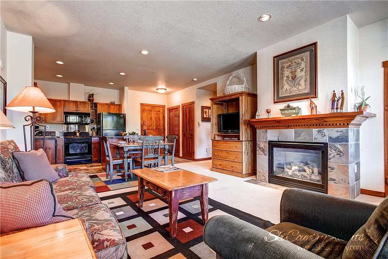 Main Street Station 2305 by Ski Country Resorts, vacation rental in Breckenridge