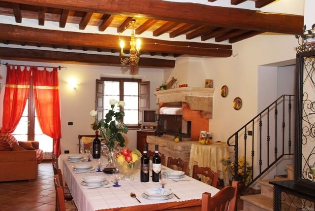 Castelluccio Apartment Sleeps 4 with Pool - 5336828, holiday rental in Sant'Albino