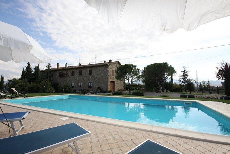 Gallina Villa Sleeps 8 with Pool - 5336606, holiday rental in Bagno Vignoni