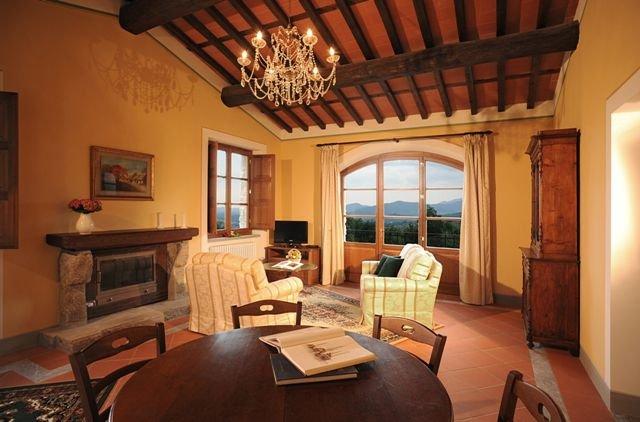 San Cassiano a Moriano Holiday Home Sleeps 5 with Pool - 5336609, location de vacances à Corte Cioni