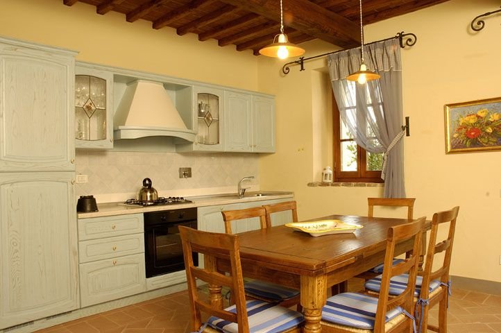 Camporbiano Apartment Sleeps 4 with Pool - 5336629, casa vacanza a Pancole