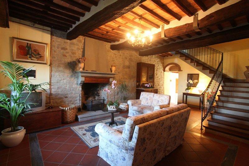 San Cassiano a Moriano Apartment Sleeps 8 with Pool - 5336634, location de vacances à Corte Cioni