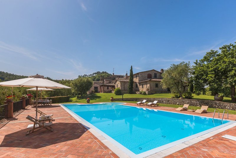 Pontelungo Villa Sleeps 8 with Pool - 5336689, location de vacances à Pieve a Nievole