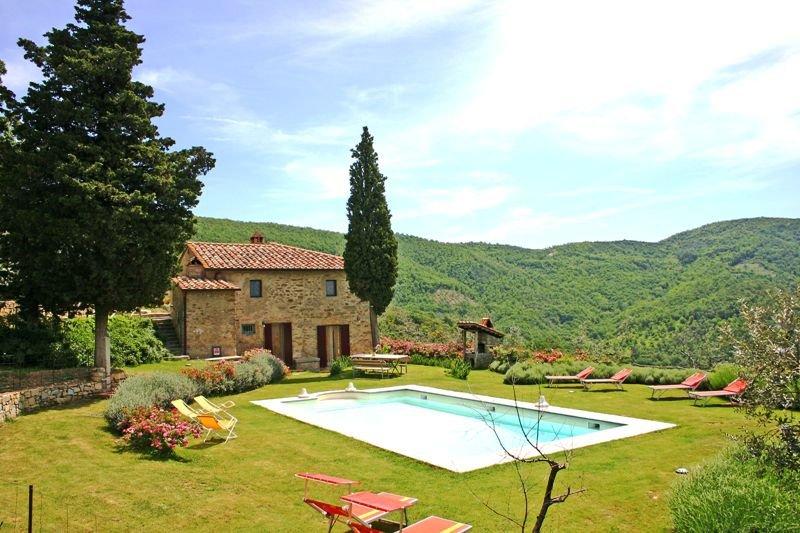 Rignanelli Villa Sleeps 8 with Pool and Air Con - 5336750, holiday rental in Palazzo del Pero