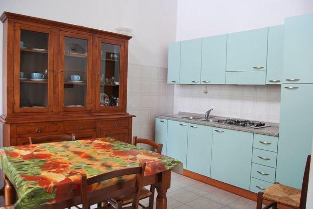 Mattone Apartment Sleeps 4 - 5336826, location de vacances à Montefalconi