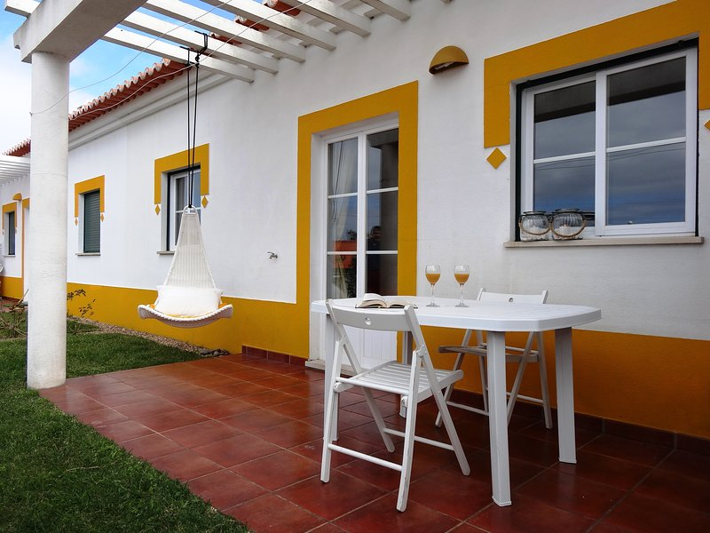 Typical cottage at Vicentine Coast in rural resort, with beach at 3 kms (StA20), location de vacances à Vila Nova de Santo Andre