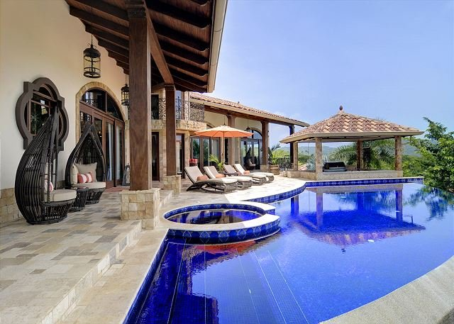 Fully Sanitized home with ample pool terrace in Pacifico Resort!, alquiler vacacional en Sardinal