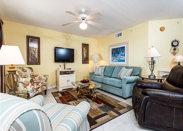 Islander 3004:-SOAK up the SUN where the SAND is your seat! AWESOME CONDO, vacation rental in Mary Esther