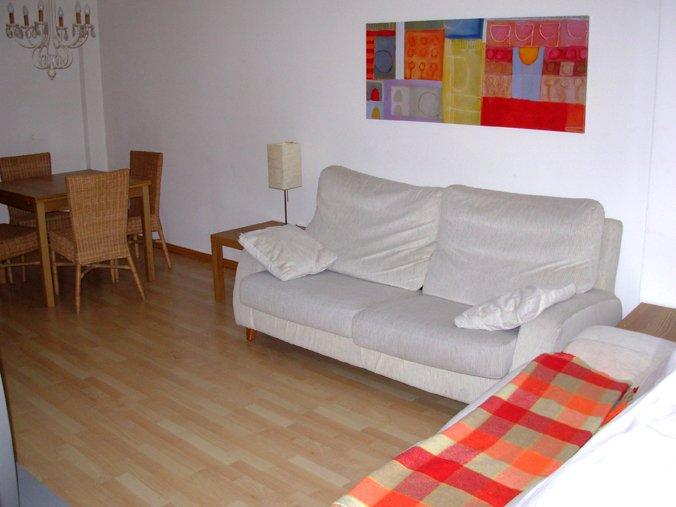 Bonito apartamento en el corazon del pirineo, vacation rental in Jaca