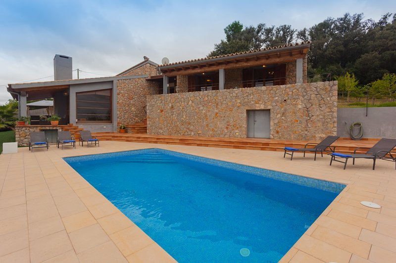 Villa Es Flavo, vacation rental in Lloret de Vistalegre