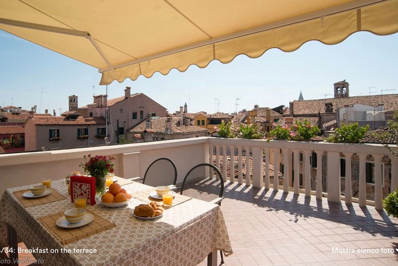 Breakfast, lunch or dinner on the terrace (it's a rare luxury here in Venice)