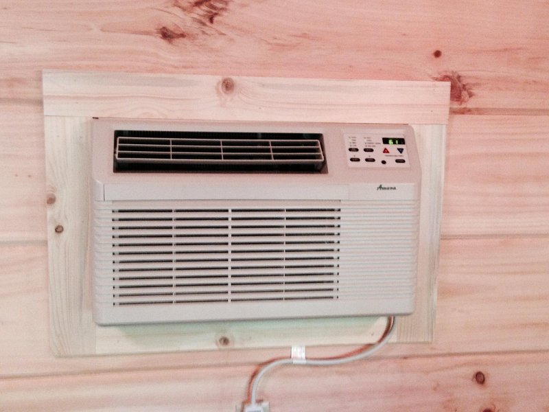 Heat pump to stay warm in winter and cool in summer!