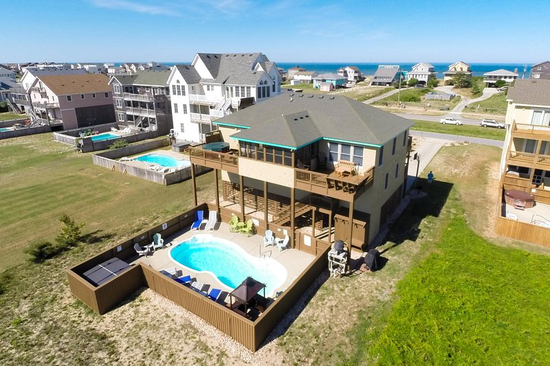 Sea Song II | 470 ft from the Beach | Private Pool, Hot Tub | Nags Head, location de vacances à Nags Head