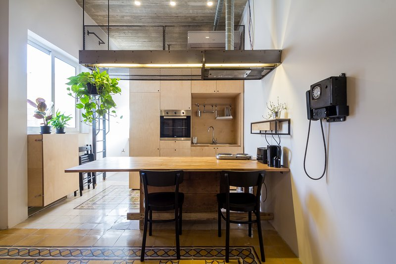 Quirky unique studio apartment, aluguéis de temporada em Il Gzira