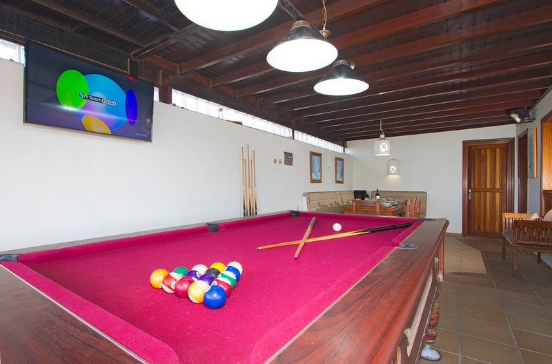 External TV and Pool table