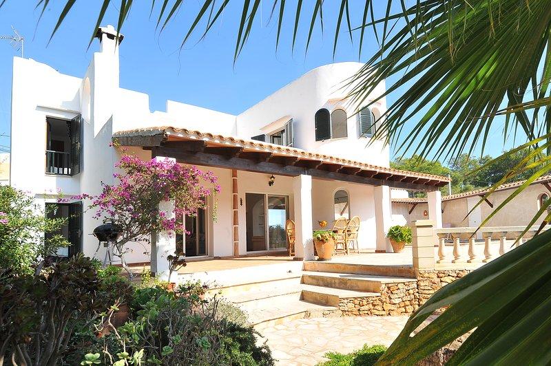 Cristina, holiday rental in Cala Mondrago