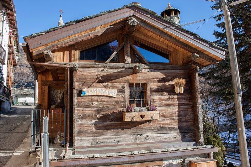 Le Petit Chalet, Ferienwohnung in Valtournenche
