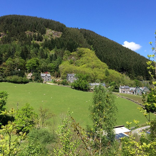 Isygraig is on an elevated south facing site, in a peaceful location with far reaching views .