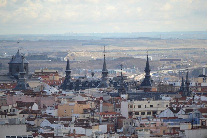 ¡Las torres de la Plaza Mayor, vistas desde nuestra ventana!