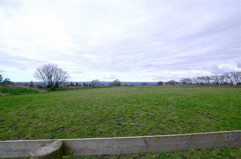 Het huisje heeft een weids uitzicht over het landschap Carmarthenshire